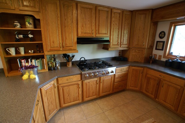 Amazing Gas Cooktop Area Traditional Kitchen