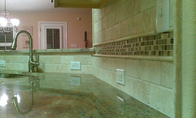 Georgetown Kitchen Granite / Tile Back Splash traditional-kitchen