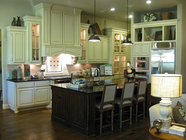 Cabinets Traditional Kitchen Austin By Burrows Cabinets