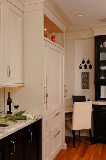 Georgetown washington traditional galley kitchen for Traditional galley kitchen designs