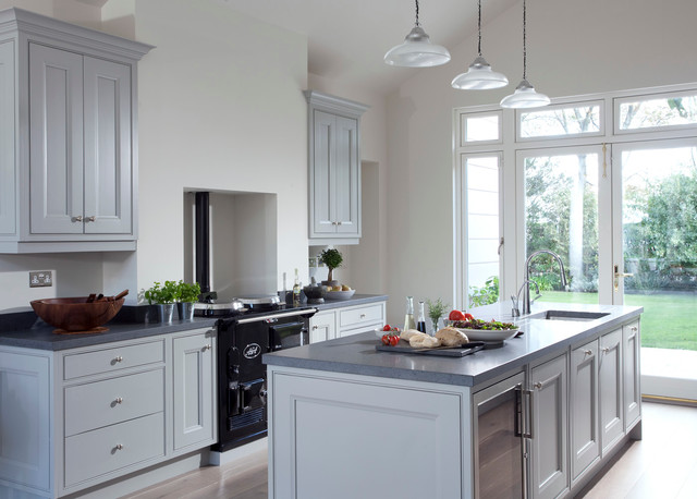 Georgian home kitchen dublin by newcastle design for Georgian style kitchen designs