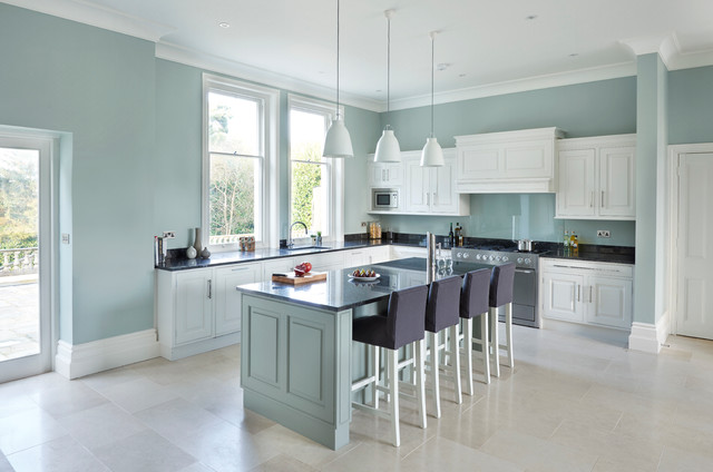 Georgian House Sevenoaks Traditional Kitchen South East By Rencraft Ltd