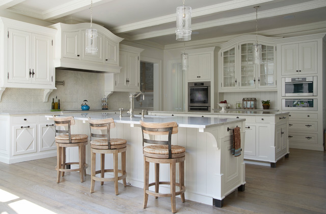 Georgian Residence New Canaan traditional-kitchen