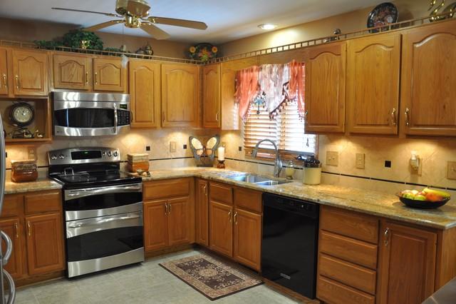 Geriba Granite Countertop And Durango Tile Backsplash Idea Eclectic Kitchen