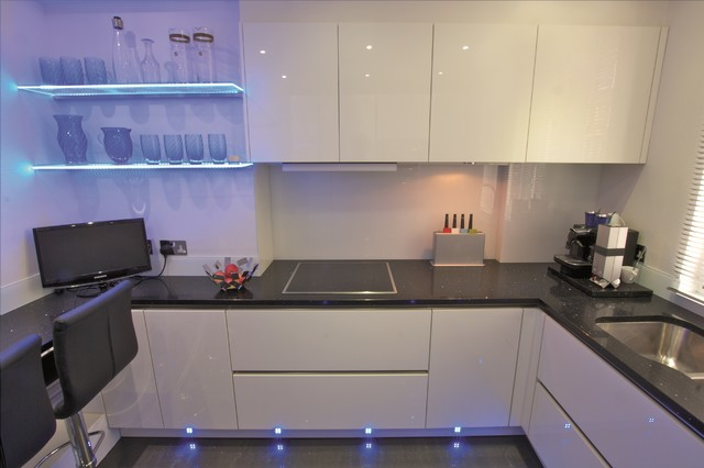 German Kitchen Design - Modern - Kitchen - London - by LWK Kitchens ...