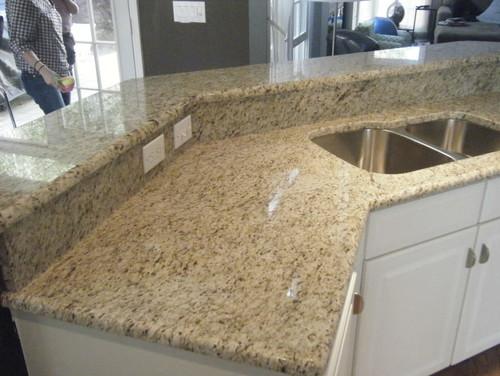 Giallo Ornamental Granite-exceptional for White Cabinets
