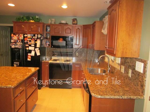 Giallo vincenza kitchen for Devonshire home design garden city ny
