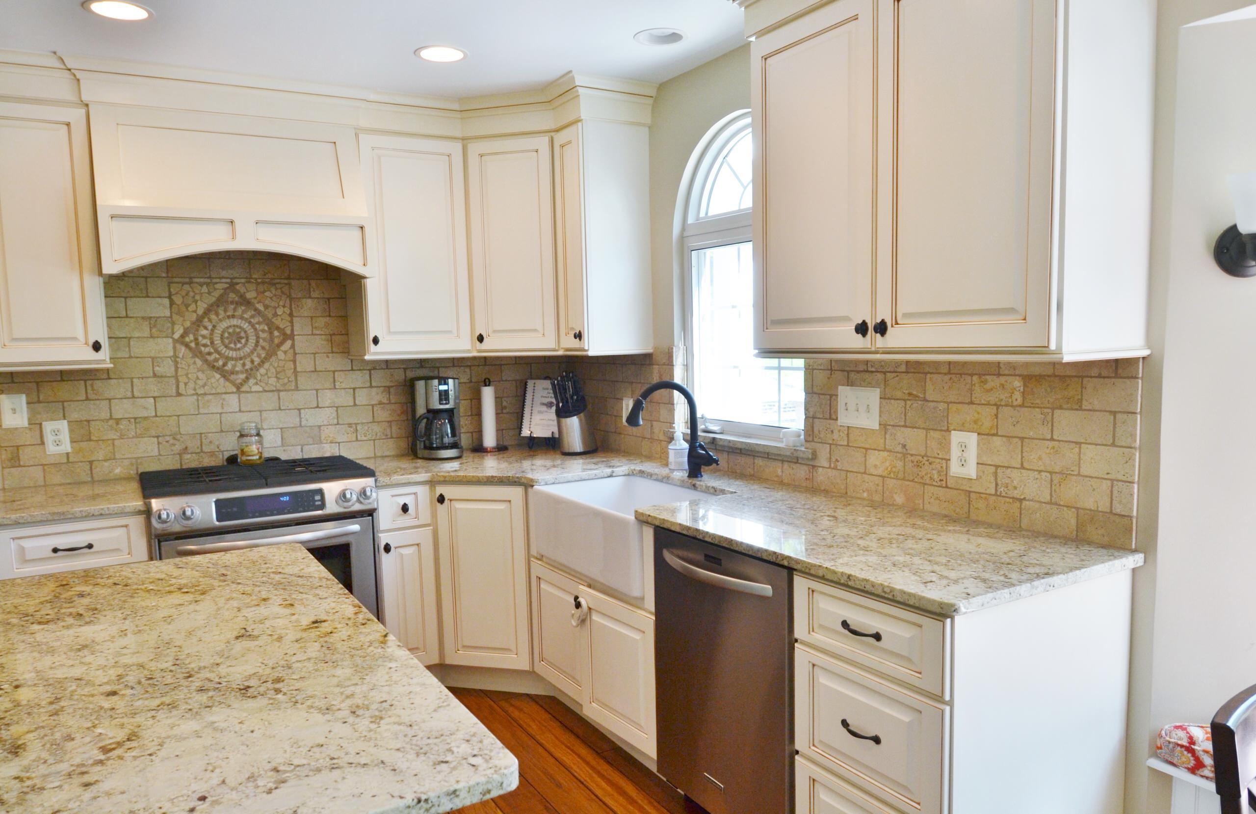Gilbert kitchen