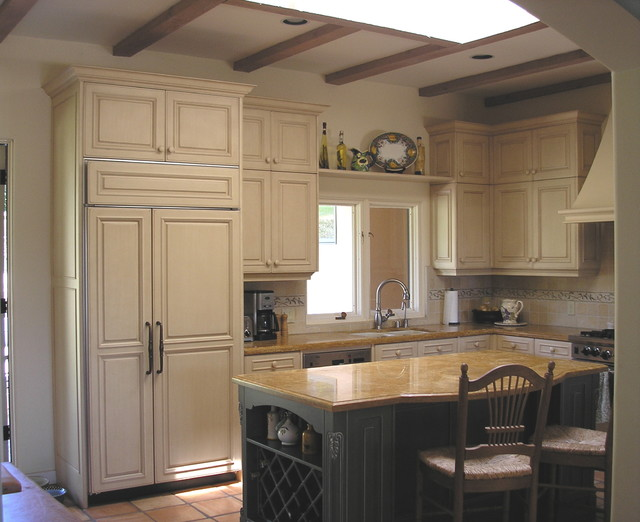 Giller Kitchen traditional kitchen
