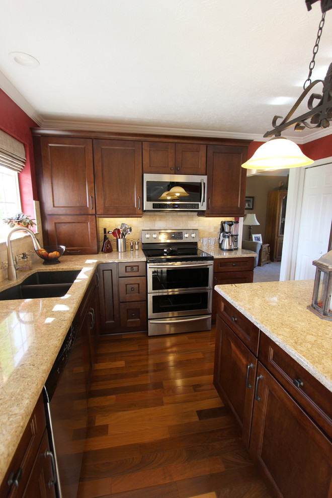 Gingersnap Maple Cabinets with Beige Quartz Countertop ... on Natural Maple Maple Cabinets With Quartz Countertops  id=49458