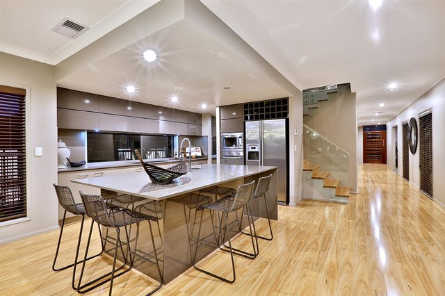 Gj gardner display home north lakes contemporary for Display home kitchen gallery