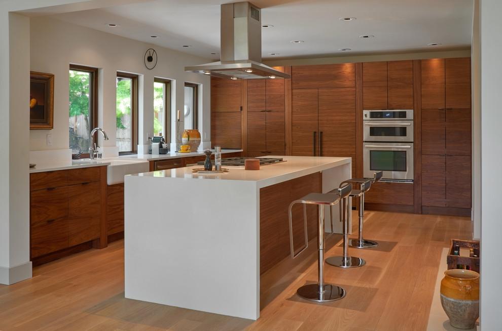 Glam/Mod Mid-Century Kitchen