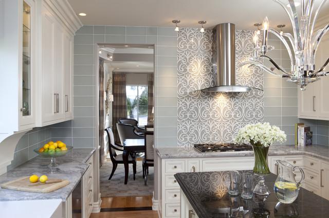 Glamorous Kitchen American Traditional Kitchen San Diego By Robeson Design Houzz