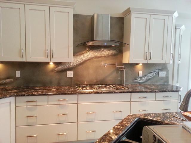 Glass Backpainted Backsplash - Transitional - Kitchen - calgary - by Castle Designer Glass