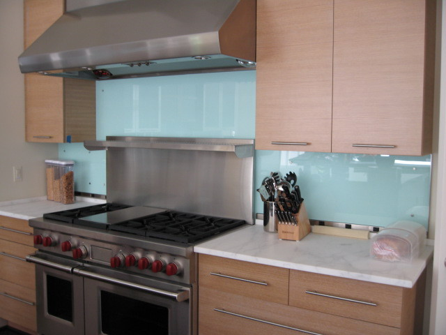 Glass Backsplash 2 Modern Kitchen Other Metro