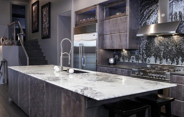 Glass backsplash contemporary kitchen calgary by for Kitchen designs calgary