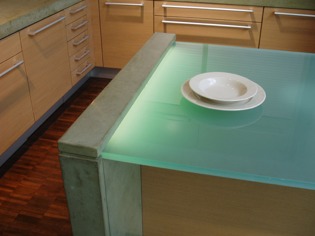 Glass Countertop - Brooks Custom modern kitchen countertops