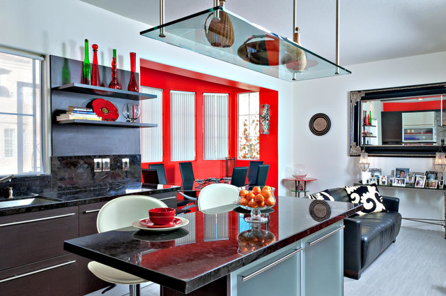 GLASS DOORS FOR BASE UNITS IN KITCHEN DESIGN Kitchen