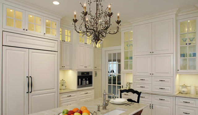 Glass Front Kitchen Cabinets Traditional Kitchen
