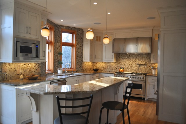Glass Tile Overture traditional-kitchen