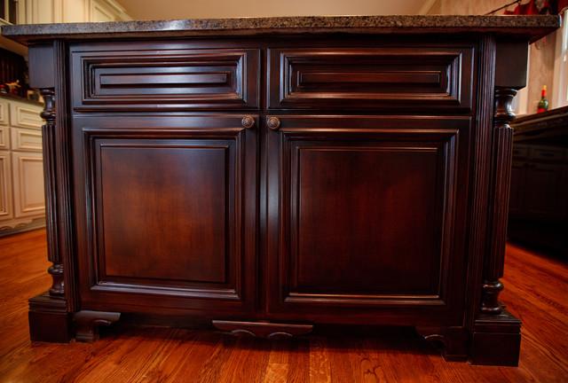Glazed kitchen cabinets atlanta traditional kitchen for Kitchen cabinet painting atlanta