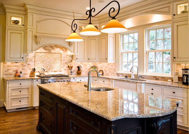 Glazed kitchen with contrasting island traditional for Glazed white kitchen cabinets pictures