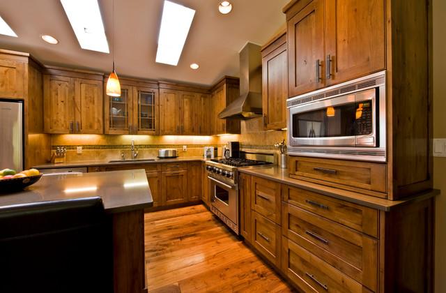 Glen Crescent Renovation Traditional Kitchen Calgary By Sticks Stones Design Group Inc
