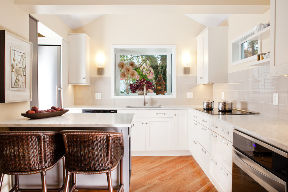 Inspiration for a timeless l-shaped kitchen remodel in DC Metro