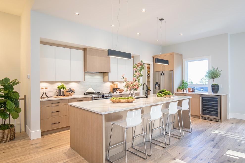 Glen Oaks - Contemporary - Kitchen - Vancouver - by RG ...