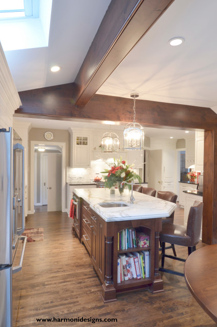 Glengary Residence Kitchen - Shaker Heights - Traditional - Kitchen ...