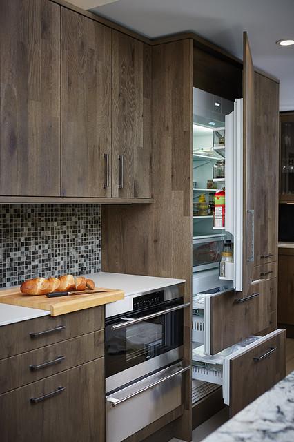 Glenn Home kitchen