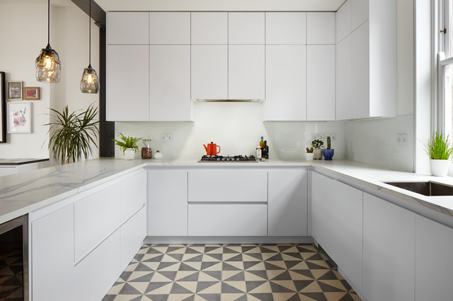 Glenshaw Mansions, West Hampsted  London contemporary-kitchen