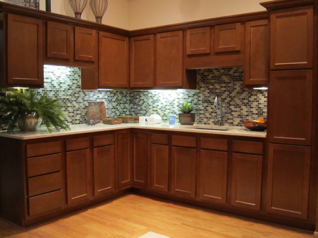 Perfect Glenwood Beech Traditional Kitchen Photo