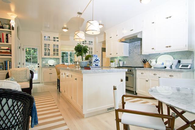 Globus Builder contemporary-kitchen