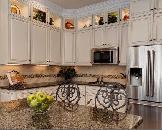 Tropic Brown Granite Kitchen Design Ideas, Remodels & Photos