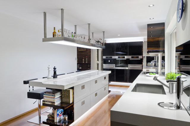Contemporary Kitchen Idea In Brisbane With Stainless Steel Appliances