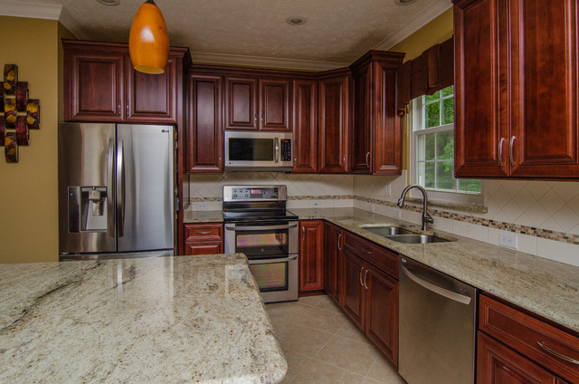 Golden Ivory Granite With Cherry Cabinets Traditional Kitchen Dc Metro By