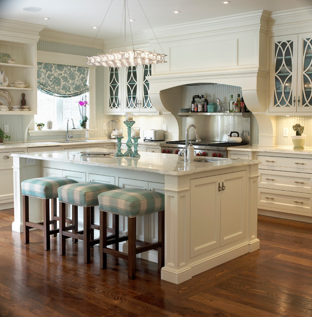 Golf Course Reno Pretty Kitchen Traditional Kitchen Toronto By Bloomsbury Kitchens And