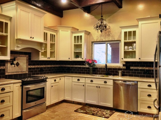 Gorgeous Grand White Kitchen Traditional Kitchen