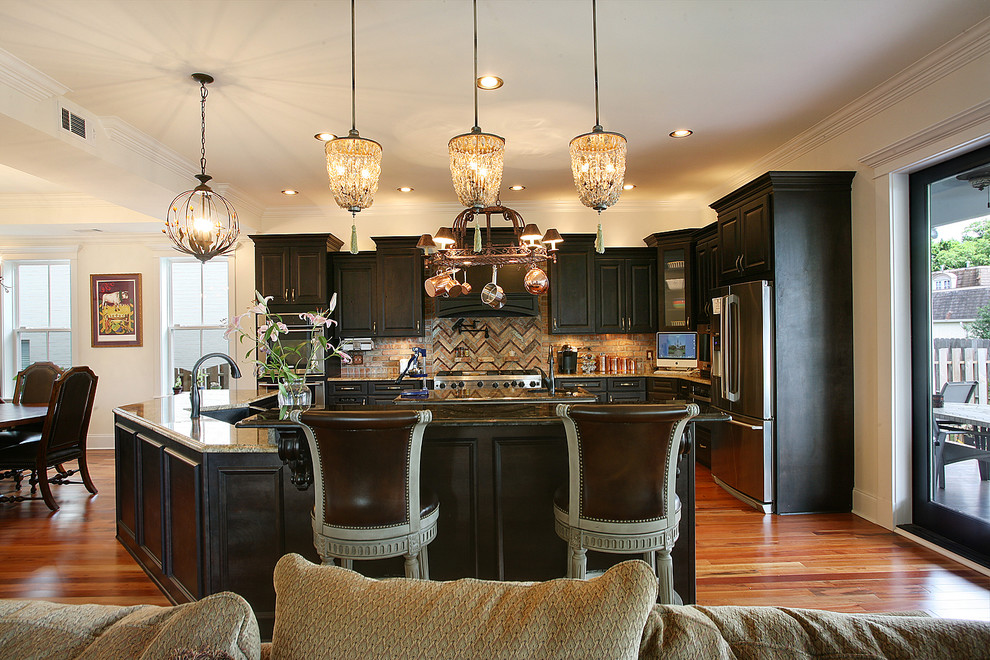 Inspiration for a timeless kitchen remodel in New Orleans