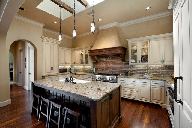 Gourmet Kitchen With Island - Mediterranean - Kitchen - Dallas