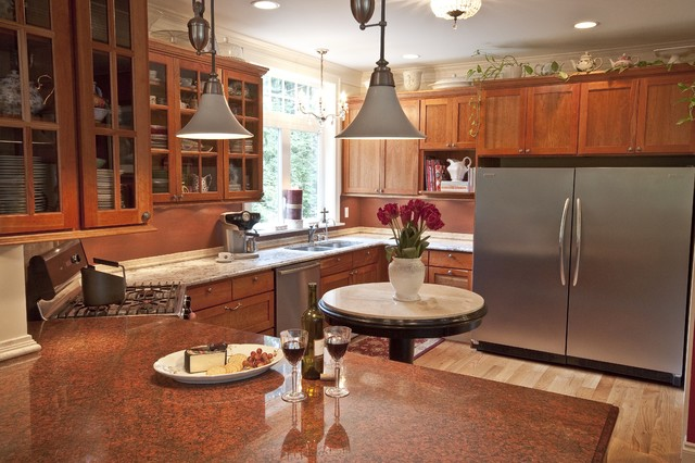 Gracious Lake Retreat - Kitchen traditional-kitchen