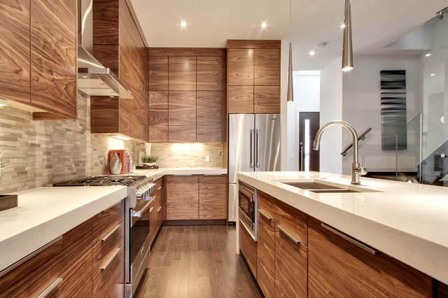 Merveilleux Open Concept Kitchen   Mid Sized Contemporary L Shaped Dark Wood Floor And  Brown