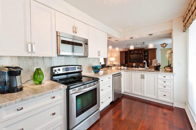 Grand Harbour Waterfront Condominium traditional-kitchen