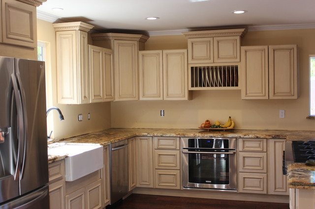 Grand Tuscany Kitchen - Traditional - Kitchen - philadelphia - by RTA Cabinet Store
