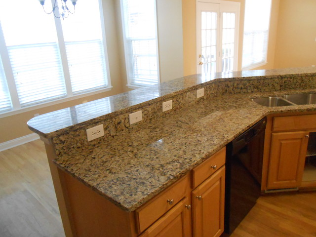 Light Colors For Granite Countertops : Granite colors for light wood cabinets
