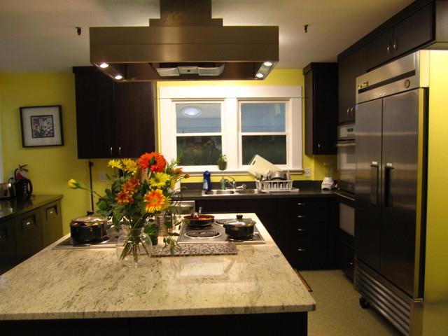 Granite Counter Top, Electric Range, Exhaust Hood ...  Electric Stove Top Granite