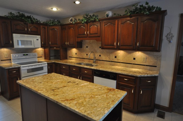 Granite Sandstone Countertop With Tan Cabinet Kitchen Design Ideas ~ Granite countertops and tile backsplash ideas eclectic