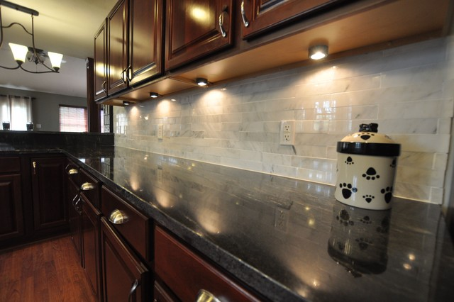 Granite Countertops And Tile Backsplash Ideaseclectic Kitchen Indianapolis