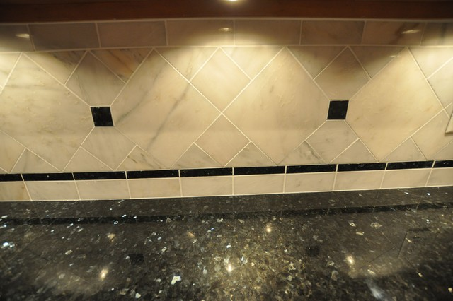 Granite Countertops and Tile Backsplash Ideas - Eclectic - Kitchen